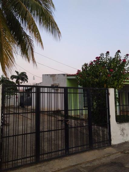 Casa En Venta La Esmeralda, María Angulo. 0414-4726307