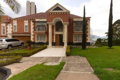 Casas En Arriendo San Lucas 494-2937