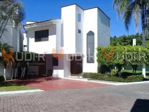 Coto Jacarandas - Casa En Condominio Colinas De San Javier Cerca Uag