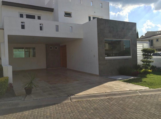 Hermosa Casa En Renta En Zona Exclusiva
