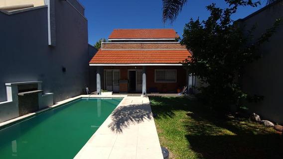 Hermosa Casa 4 Ambientes Con Quincho En Saenz Peña