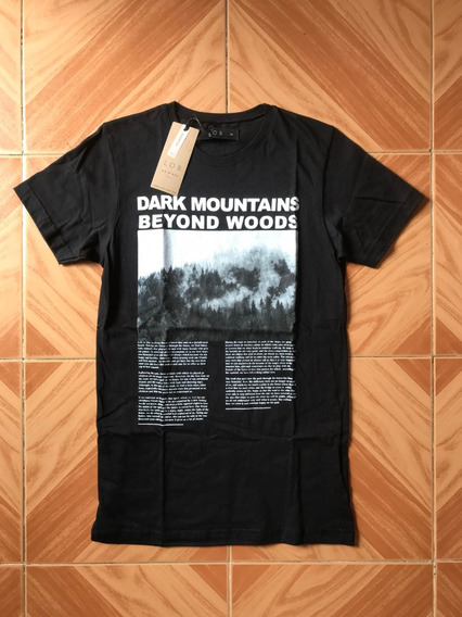 Playera Dark Mountains Beyond Woods