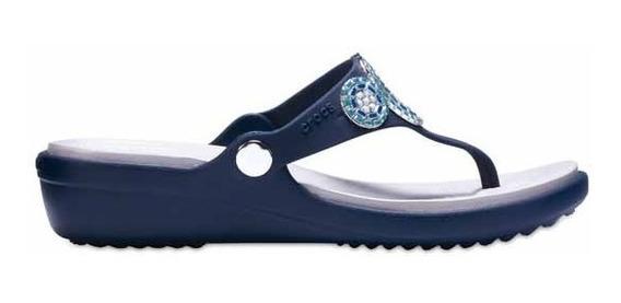 Sandalia Crocs Dama Sanrah Diamante Wedge Flip Marino