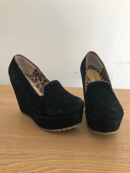 Zapatos Negros Con Plataforma - Talle 37