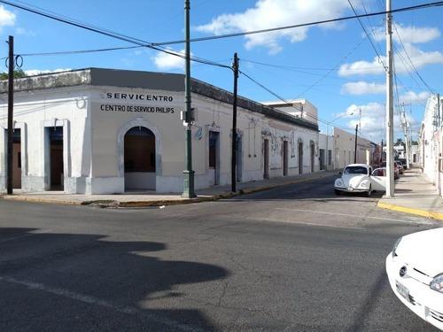 Casa Colonial En Santiago, Ideal Para Hotel Boutique, 6 Recámaras Y 8 Estacionamientos