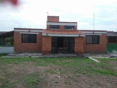 Venta O Renta Dos Casas De Campo Estilo Campestre Al Sur De La Ciudad De Ags.