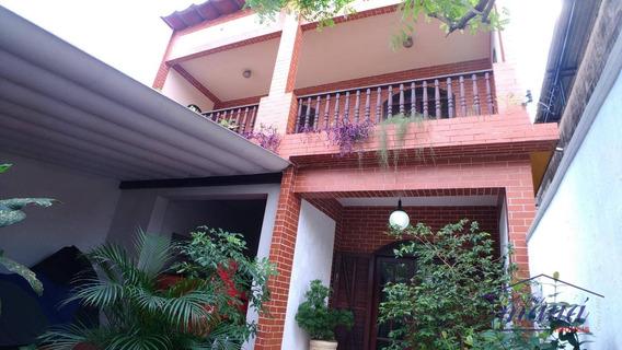 Excelente Casa Com 3 Quartos No Centro De Caxias! - Ca0120
