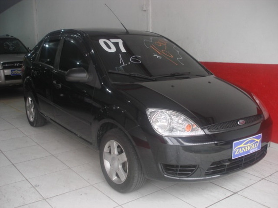 Ford Fiesta Sedã 1.6 Flex Preto