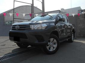 Toyota Hilux 2.7 Cabina Doble Sr Mt 2017 Gris