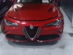 Alfa Romeo Giullia Quadrfolio 2017