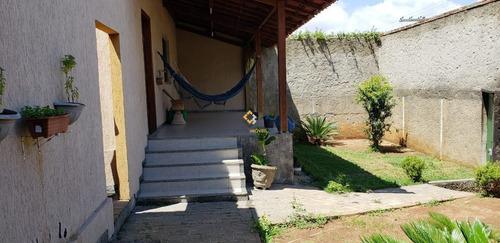 Casa - Paqueta - Ref: 4047 - V-4047