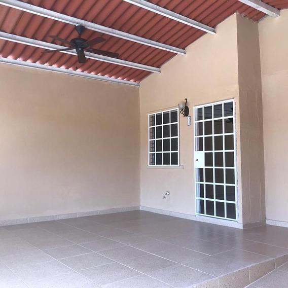 Hermosa Casa En Santa Rita, Pacora, Cabra, 24 De Diciembre