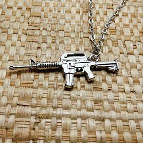 Corrente E Pingente Masculina Arma Uzi Fuzil M16 Prata Cor