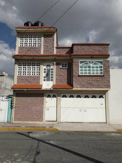 Casa Con 3 Departamentos En Ecatepec