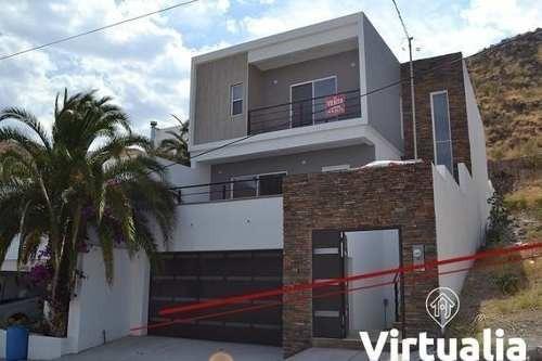 Casa En Venta, Fracc. Bahias, Chihuahua