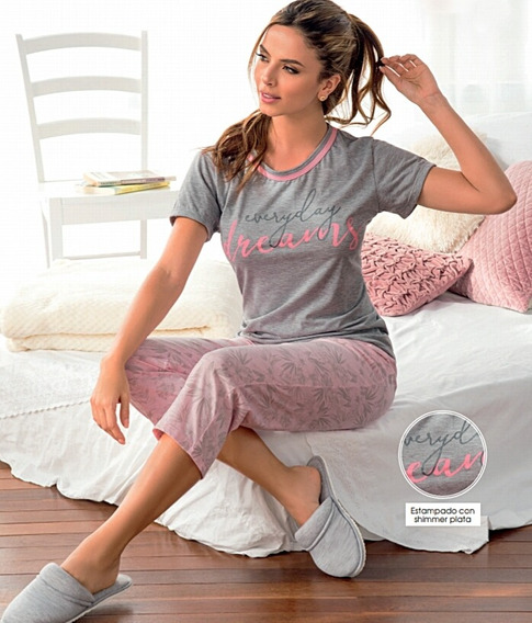 Pijama Mujer Dreams Juvenil Camiseta Pantalón Capri Multiuso