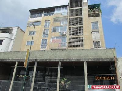 Edificios En Venta. Urb Sabana Grande. 14-8789