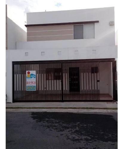 Casa Sola En Renta En Radica, Apodaca, Nuevo León