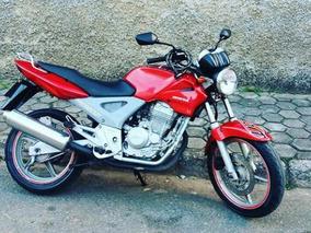 Twister 250cc Vermelha
