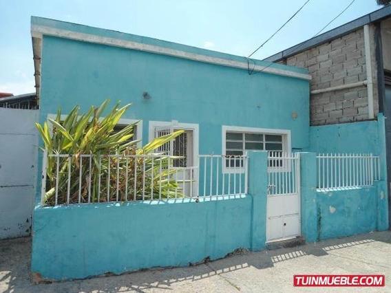 Dvm 19-16331 Se Vende Amplia Casa Con Galpon En Santa Rosa