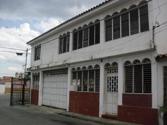 Casa En Venta La Puerta Mls 19-349 Rbl