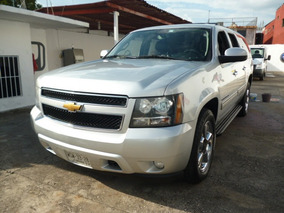 Chevrolet Suburban 5.3 Lt Piel Mt 2013