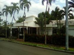 Casa De Lujo , Zona Exclusiva