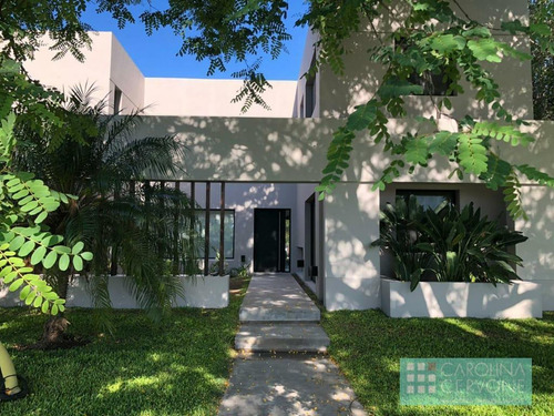Casa De 4 Dormitorios En Alquiler Temporal, Barrio Cerrado San Isidro