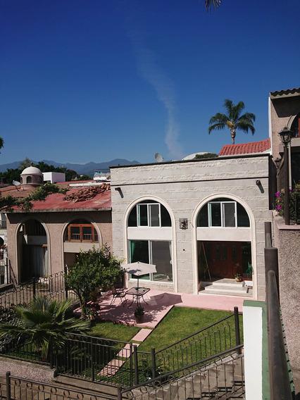 Se Vende Casa En Bellavista, Dentro De Conjunto Con Canchas Y Alberca, En Cuernavaca