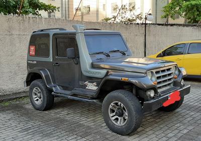 Troller T4 2006