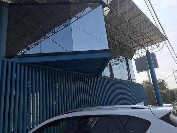 Queretaro Bodega Comercial En Bernardo Quintana Y Los Arcos