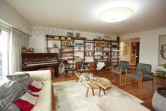 Piso Departamento En Venta 4 Dormitorios En Austria Al 1900, Recoleta - 2 Cocheras
