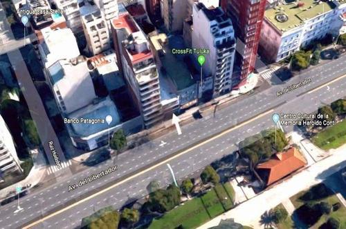 Edificio Desarrollado En Planta Baja, Primer, Segundo Piso Y Terraza.