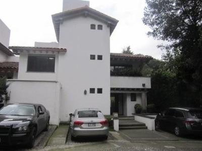 Exclisiva Casa En Venta Roble Viejo