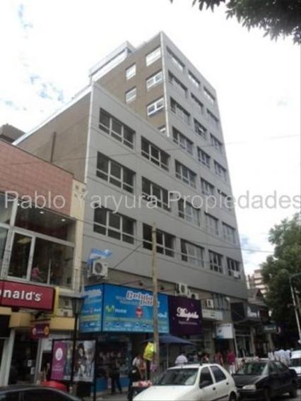 Oficina | Urquiza, Gral. Av. 4771