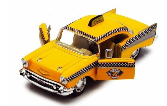 1957 Chevrolet Bel Air Taxi Escala 1:40