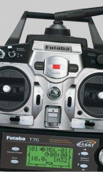 Rádio Futaba 7c 2.4 Sistema Fasst Com Bateria Original