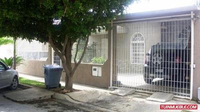 Casas En Venta. Urb. Los Angeles