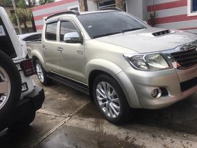 Toyota Hilux Como Nueva 14