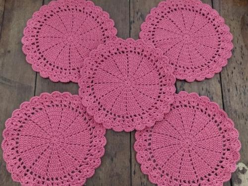 Imagem 1 de 4 de Jogo De Suplat De Crochê Feito A Mão Contendo 12 Peças