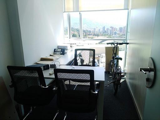 Oficinas En Arriendo Poblado 447-9396