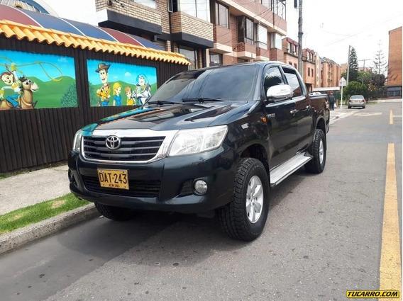 Toyota Hilux 4x4 2500cc Imv
