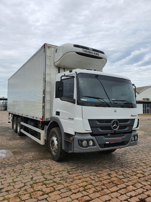 Mercedes-benz Mb 2426 6x2 Atego Baú Refrigerado / Financia
