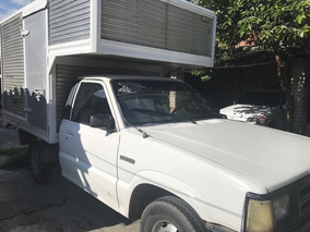 Camioneta Mazda B2000 Con Furgón