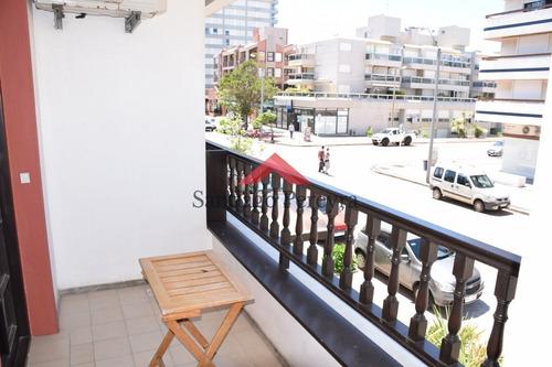 Apartamento En 1 Dormitorio En Península - Ref: 6348