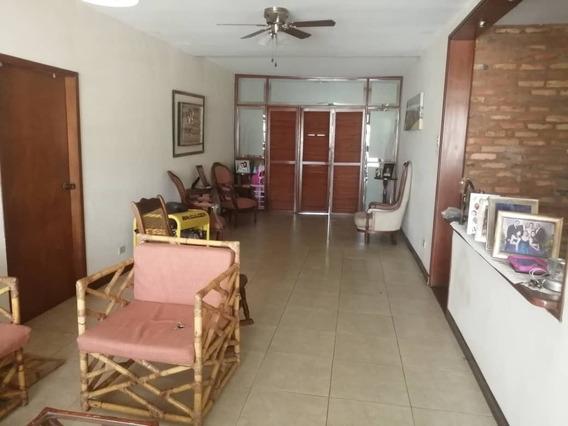 Casa En Alquiler La Trinidad Maracaibo Vcadenas