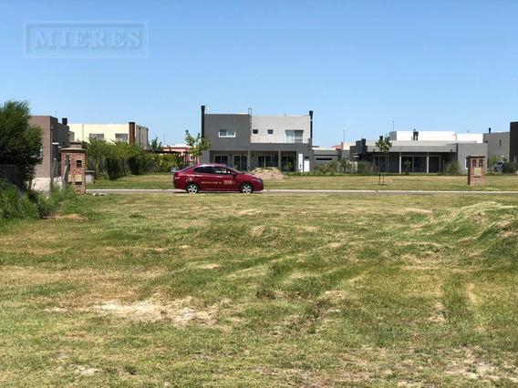 Terreno Ubicado En El Barrio Cerrado San Rafael - Excelente Orientacion - Precio Ideal