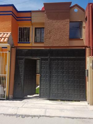 Casa Venta 3 Recamaras 2 Baños Estacionamiento Jardin Linda