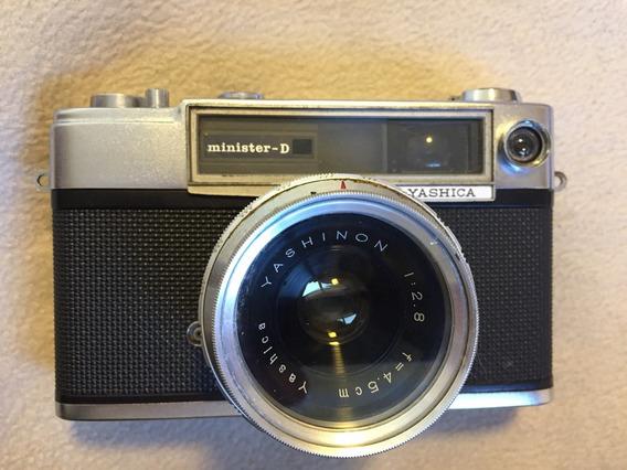 Câmera Analógica - Antiguidade - Yashica Minister D