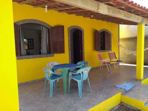 Casa Com 1 Quarto Sala Ampla Cozinha Banheiro E Varanda..